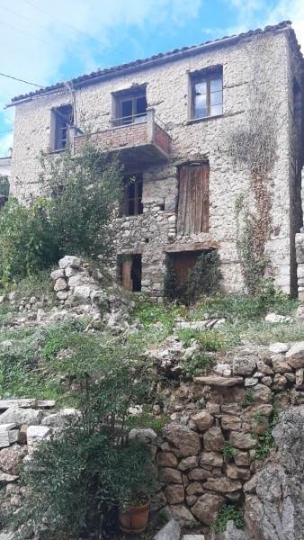 (For Sale) Residential Detached house || Voiotia/Arachova - 186 Sq.m, 140.000€
